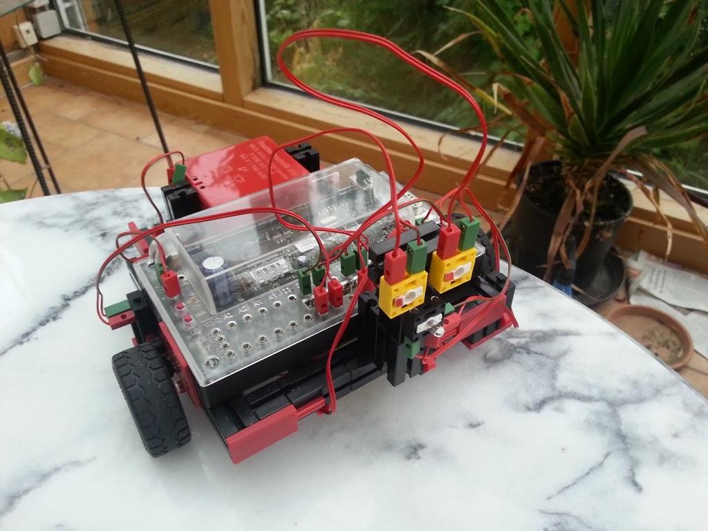 Über den Fischertechnik-Roboter